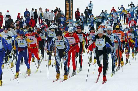 Lahden latupohjat ovat sulaneet huonoon kuntoon, eikä tänä vuonna nähdä legendaarista Finlandia-hiihtoa.