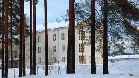 Multian yläkoulun luokat 7.–9. jatkavat hiihtoloman jälkeen lähiopetuksessa 8. maaliskuuta alkaen.