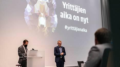 Satakunnan Yrittäjien toimitusjohtaja Markku Kivinen kertoi raadin perustelut vuoden nuoren yrittäjän valintaan.