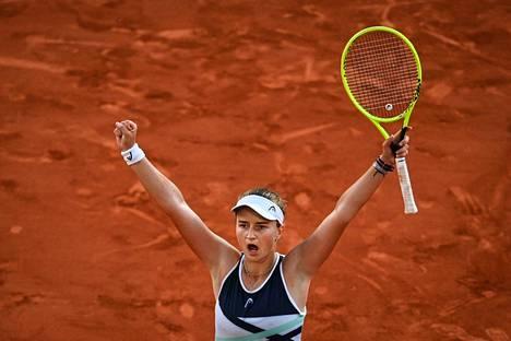 Barbora Krejcikova tuuletti finaalipaikkaansa.