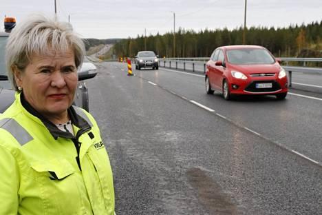 Kreate oy:n työmaapäällikön Tuula Ala-Orvolan mukaan uusi ohitustieosuus avataan liikenteelle kaksi kuukautta etuajassa, syyskuun lopussa 2021.