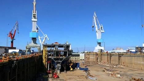 Arkistokuva RMC:n telakalta. Telakan työntekijöillä on todettu yli 200 koronatartuntaa.