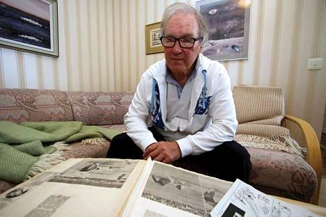Jorma Tuomala on koonnut koko urastaan kattavan leikekokoelman. Leikekirjoista pääsee samalla lukemaan KaMan historiaa aidoimmillaan.
