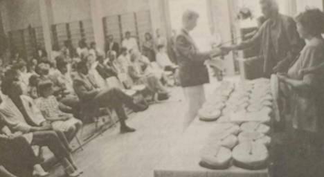 Mäntän kauppaoppilaitoksesta valmistuneille jaettiin 45 stipendiä.