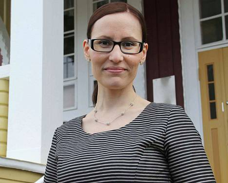 Ruoveden kunnanjohtaja Eeva Kyrönviita kertoo, missä johdannais- ja korkosopimuksissa on kyse.