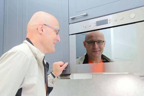 Viisikymmentä vuotta täyttävä Janne Autero on keittiökalusteisiin erikoistunut yrittäjä, jonka yrittäjätaival on jatkunut jo 28 vuotta.