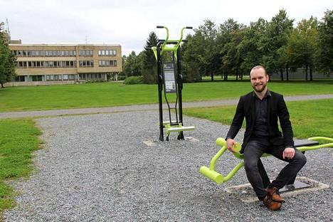 Mänttä-Vilppulan kaupungin henkilöstöpäällikön Mikko Nybergin ensivaikutelma kaupungista on vastannut odotuksia. Mänttä-Vilppula on vireä ja ihmisten tekemisissä myönteinen, ja luova ote. Hän aloitti työssään kesäkuussa.