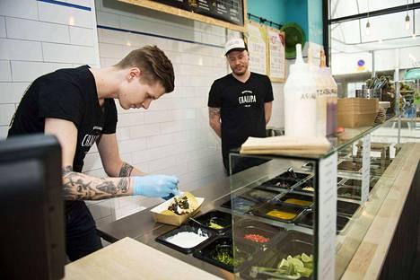 Ravintola-alalla on pulaa työntekijöistä, samoin kiinteistöpalvelussa ja siivouksessa.