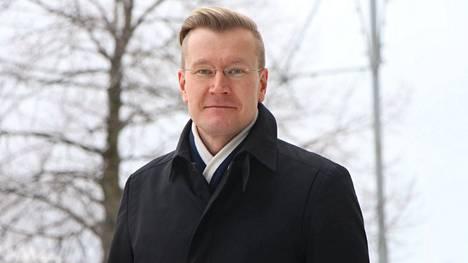 MW-Kehityksen ja Yrke Kiinteistöjen toimitusjohtaja Otto Huttunen hakee Pirkanmaan liiton aluekehitysjohtajan virkaa.