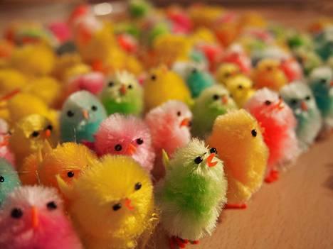 Monet kaupat ovat auki pääsiäisviikonloppuna hieman normaalista poikkeavilla aikatauluilla.