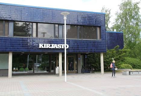Kirjaston kesäaika alkaa 1. kesäkuuta.