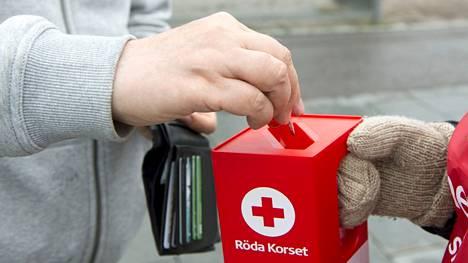 SPR Mäntän osasto osallistuu Nälkäpäivään ja myy katastrofien uhrien hyväksi leipää ja hernesoppaa torilla perjantaina.