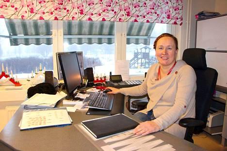 Tehyn uutta ammattiosastoa käynnistänyt puheenjohtaja Jenni Kukkula luottaa delegontikykyynsä. Luottamuksellinen ilmapiiri syntyy yksityisten alojen edunajokoneistossa, kun aktiivisia ja innokaita toimijoita on paljon.