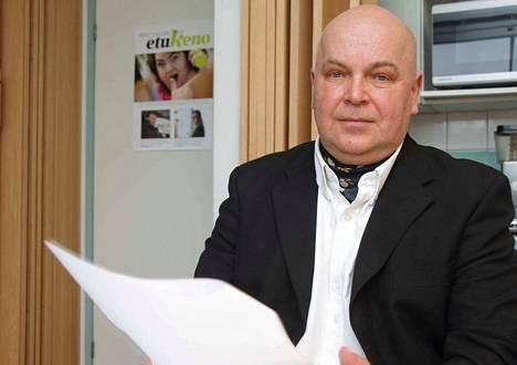 Arvo Karhunen aloitti maaliskuussa Siuron omakotiyhdistyksen puheenjohtajana.