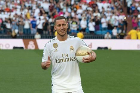 Eden Hazard siirtyi Real Madridiin.