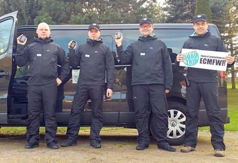 Pirkanmaalaiset geokätköilijät Harri Hirvasniemi, Veli-Pekka Eloranta, Risto Roponen ja Vesa Siltanen tekivät epävirallisen maailmanennätyksen etsiessään vuorokauden sisällä 15 eri maasta geokätkön.
