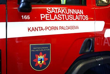 Siikaisten aluepalomestarina työskennellyt kuntapäättäjä oli rikoksensa jälkeen hakeutumassa töihin Kanta-Porin paloasemalle. Hänen oli määrä aloittaa uudessa työssään tammikuussa 2018.