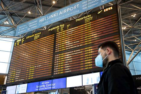 Jonnekin sentään lennetään, vaikka Helsinki-Vantaan lähtevien ja saapuvien lentojen näyttö melko tyhjältä näyttääkin. Elpymistä odotetaan loppukesälle ja alkusyksylle.