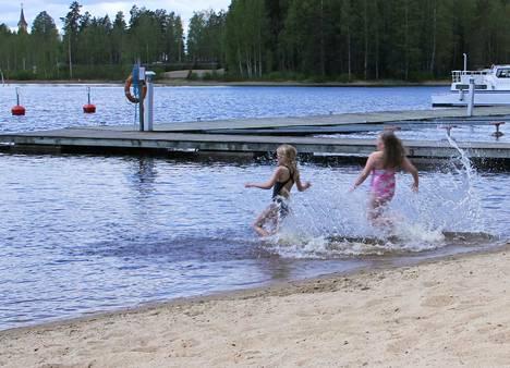 Vilppulan sataman uimaranta on yksi kaupungin ylläpitämistä uimarannoista. Ranta sijaitsee lähellä Vilppulan keskustaa ja siellä on hyvä laiturit hyppimistä varten.