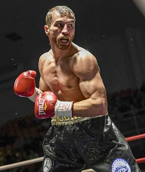 Edis Tatlin taistelu ei riittänyt Teófimo Lópezia vastaan. Kuva vuodelta 2017.