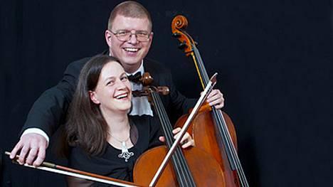 Olli ja Anna-Maaria Varonen konsertoivat Harjavallassa sunnuntaina.
