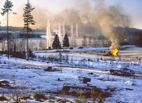 Moijasentien varressa Haapamäen Riihossa filmattiin talvisodan suuri hyökkäyskohtaus keväällä 1989.