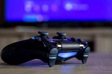 Liigan virtuaaliplayoffseissa käytettiin pelikonsolina Playstation nelosta.