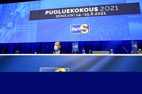 Väistyvä puheenjohtaja Jussi Halla-aho ei halua lähteä arvioimaan omaa suoritustaan puheenjohtajana.