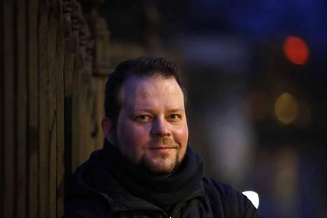Porilainen Antti-Jussi Marjamäki on saanut valmiiksi ohjaamansa täyspitkän elokuvan säveltäjä Selim Palmgrenista.