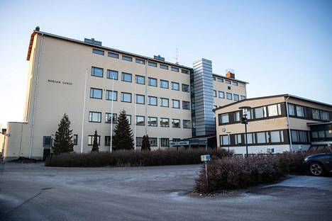 Nokian lukio saa toukokuussa lahjoituksena 10–15 kappaletta Petteri Taalaksen kirjaa Ilmastonmuutos ilmatieteilijän silmin. Koulu saa itse päättää, käyttääkö kirjoja opetuksessa vai annetaanko kirjoja oppilaille stipendeinä.