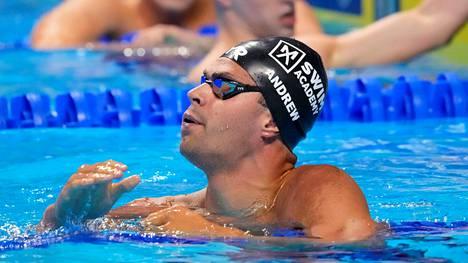 Uimari Michael Andrew kilpaili Tokiossa rokottamattomana.
