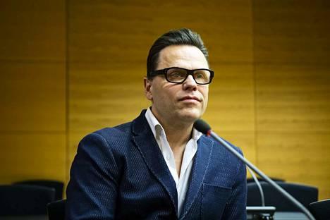 Teuvo Loman käräjäoikeudessa helmikuussa 2019.