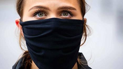Kangasmaskeja on hyvä hankkia pari, ellei useampiakin, VTT:n tutkimusprofessori linjaa.