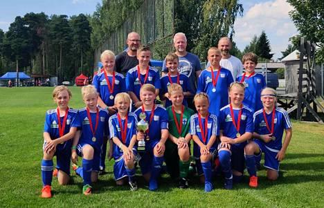 Pori Cupista palasi kotiin tyytyväinen joukkue turnausvoiton kanssa.
