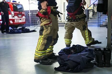 Pelastuslaitos hälytettiin maanantaina aamulla valtatie 8:lle, mutta tehtävää palomiehillä ei onnettomuuspaikalla ollut.