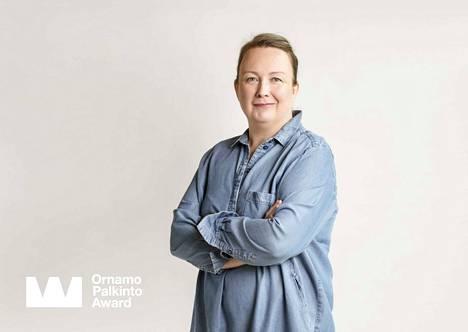 Minna Peltomäki on jalkinesuunnittelija, joka tunnetaan Pomarfin Oy:n Pomar-brändin uudistamisesta.