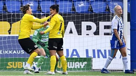 Lavdije Begolli (8) tuuletti mestaruuden tuonutta maaliaan vähäeleisesti. Gentjana Rochi juhli villimmin.