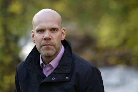 Toimitusjohtaja Kimmo Nurminen sai pikapotkut Kokemäen Sähköstä.