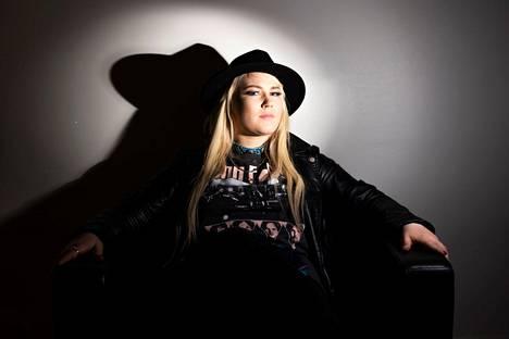 Noora Louhimon ja Battle Beastin piti esiintyä elokuun lopussa Tuhdimmilla Tahdeilla.