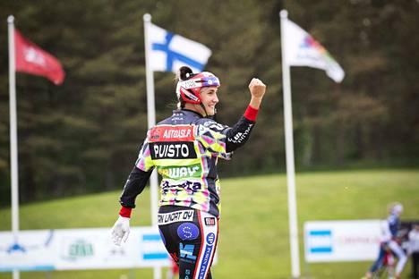 Susanna Puisto pelaa Pesäkarhuissa ainakin vielä ensi kesän.