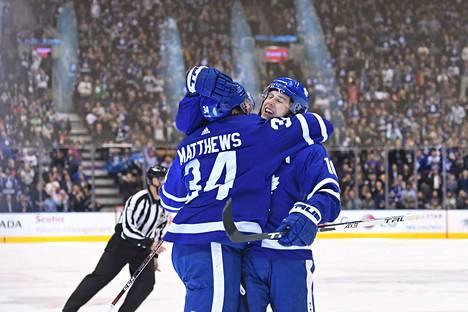 Auston Matthews ja Mitch Marner juonivat Maple Leafsin 1–1-tasoitusmaalin.