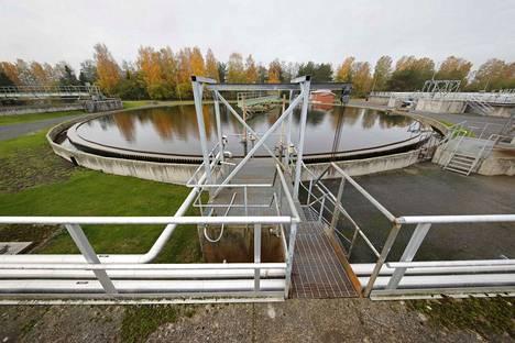 Porin jätevedenpuhdistamo sijaitsee Luotsinmäellä.