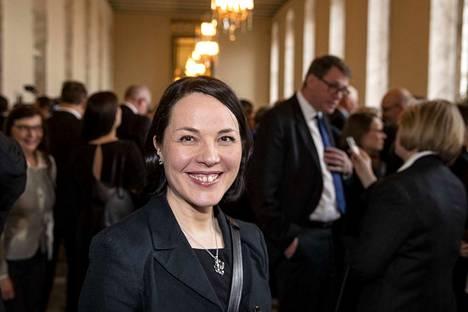 – En ole pyrkinyt eduskuntaan ajaakseni pelkästään maaseudun asiaa, mutta olen kokenut omaksi asiakseni katsoa asioita siitä näkökulmasta, että myös haja-asutusalueiden ihmisten asiat ja Pohjois-Suomi ovat edustettuna puolueessa, vihreiden Hanna Halmeenpää totesi.
