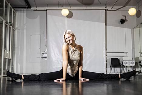 Matilda Wirtavuori on esiintynyt Miss Tampere -kilpailun tanssiesityksissä teini-ikäisestä asti. Järjestäjät joutuivat kosiskelemaan häntä osallistumaan kisaan. –Mutustelin pitkään ajatusta, ja nyt oli minun aikani.