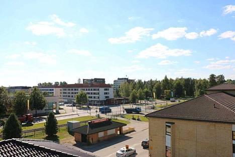Majoitus- ja ravitsemusliikkeet sekä vähittäiskaupat saavat suurimmat tulot matkailusta Mänttä-Vilppulassa. Kaupunkiin matkustetaan etenkin mökkimatkailun ja kesän tapahtumien vuoksi.
