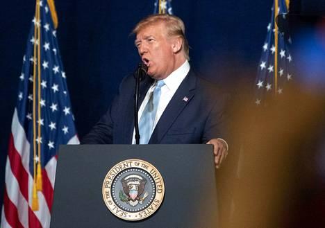 Yhdysvaltain presidentti Donald Trump puolusti ilmaiskua tiedotustilaisuuden lisäksi kristillisessä kampanjatilaisuudessaan perjantaina Floridassa.