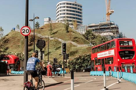 Tekovuori Lontoon keskustassa on näköalapaikka, josta ei ole kunnon näköalaa.