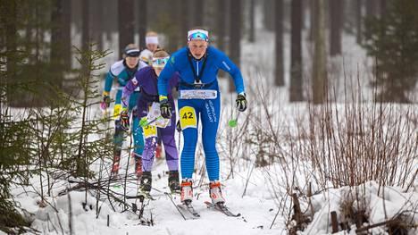 Sonja Mörsky valitsi nopeimmat reitit Luumäellä ja antoi vahvan näytön valitsijoille helmikuun lopussa kilpailtaviin hiihtosuunnistuksen MM-kisoihin Viroon.