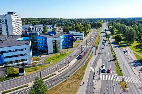 Pirkanmaan sairaanhoitopiirissä koronajäljityksen koordinoinnista vastaa Tampereen yliopistollinen sairaala (Tays). Kuva on otettu Taysin edustalta 6. elokuuta.