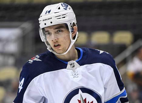 Jos Ville Heinola pelaa yli 9 ottelua Winnipeg Jetsissä, aktivoituu hänen sopimuksensa ensimmäinen vuosi.